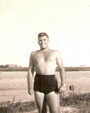 jr10 1952 (sep) sandy jordan (2)