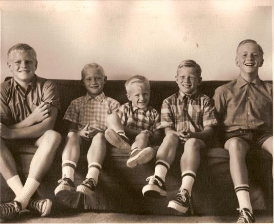jr19 1968 sandy jr, robert, eric, harold & stuart