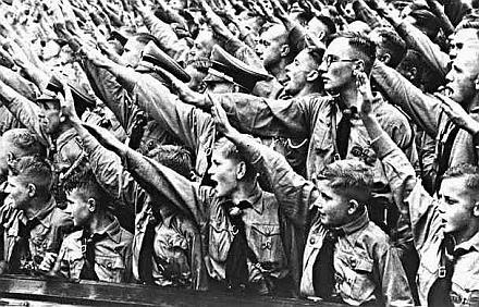 HitlerYouth1
